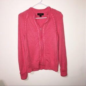 St. John Sweaters - ST. JOHN pink zip up cashmere sweater size medium